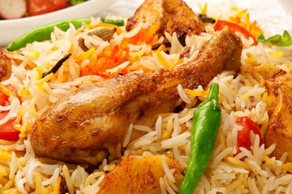 Recipe for making Large Tray of Chicken Biryani
